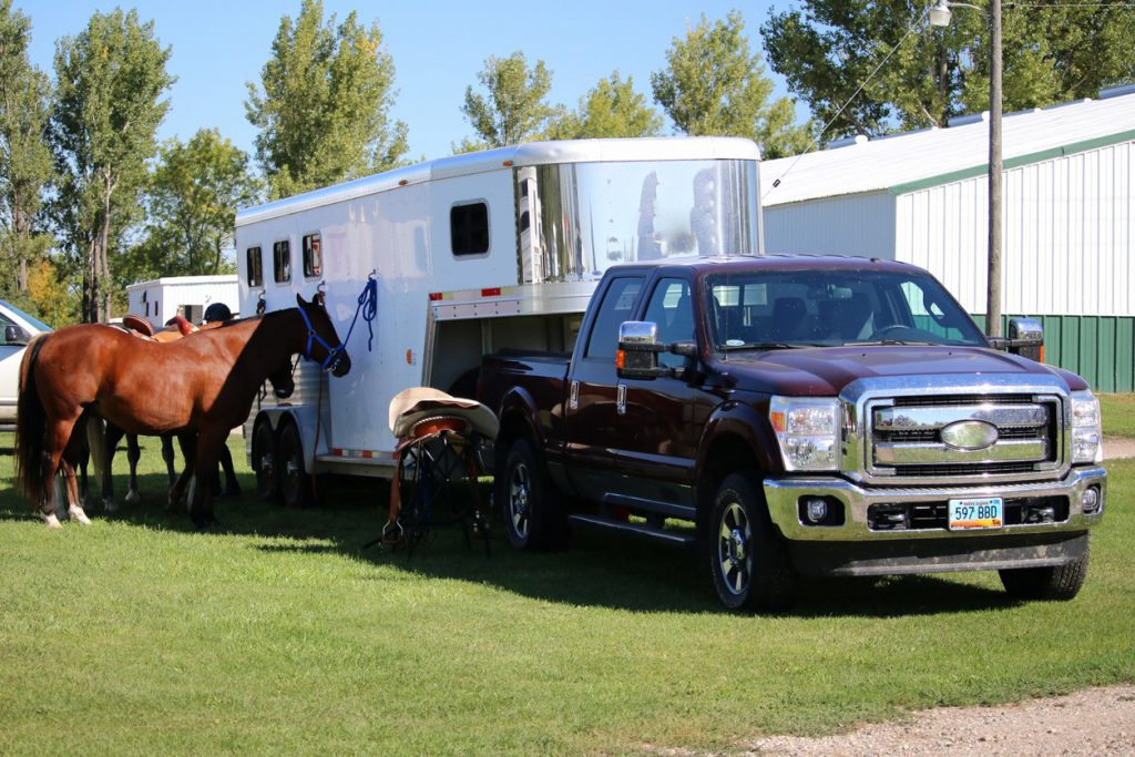 choosing the right trailer for the job horse trailer