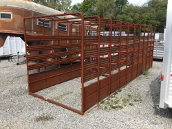 2017 COUNTRY BLACKSMITH CATTLE RACK - #11445